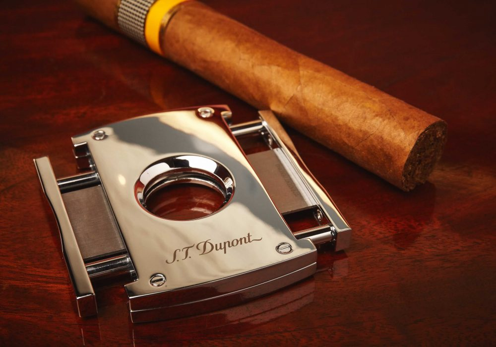 How To Cut A Cigar For The Perfect Smoke
